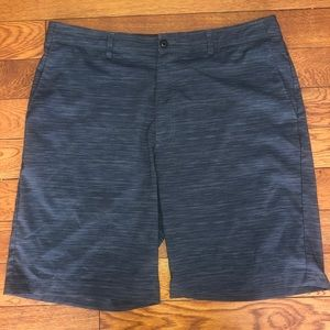 Men's golf shorts-size 38